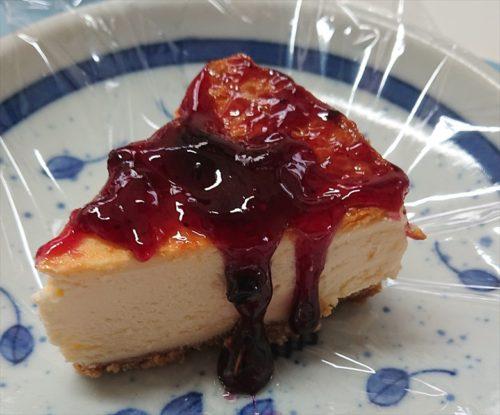 ベイクドチーズケーキ+ブルーベリージャム